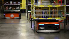 Robot Kiva nel centro logistico Amazon © GettyImages