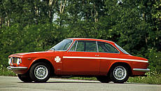 Alfa Romeo Giulia Coupé 1300 GTA Junior (1968-1975)