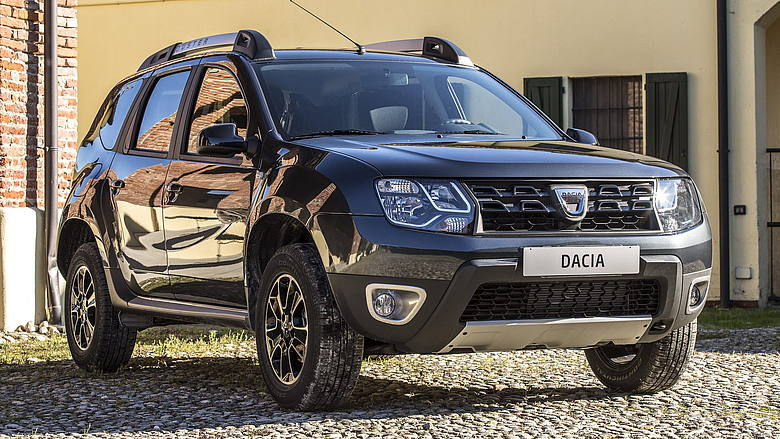 dacia duster il gpl sfida l 39 ibrido l 39 automobile. Black Bedroom Furniture Sets. Home Design Ideas