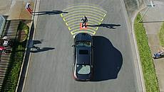 Pre-collision Assist with pedestrian Detection Technology - Ford Canada