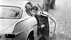 Roger_Moore_The_Saint_Volvo